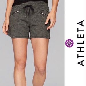 Athleta Metro Slouch Shortie Shorts Grey Small